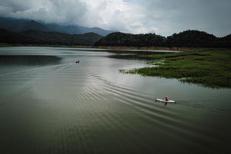 Kayaking at Mae Ngaat